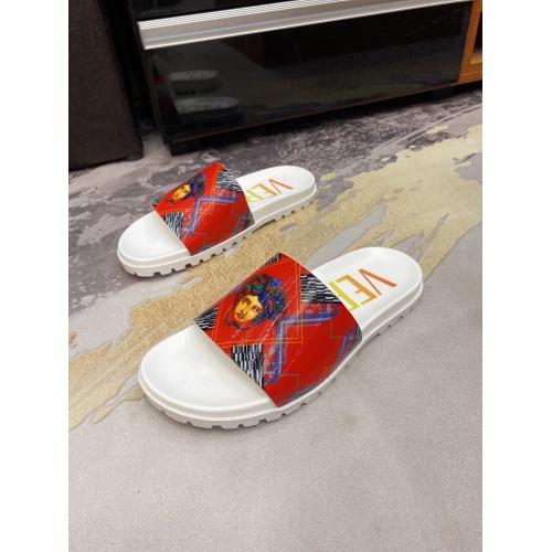 Versace Slippers For Men #850749