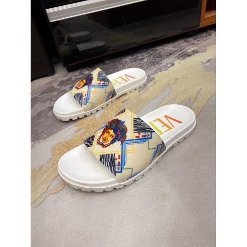 Versace Slippers For Men #850750