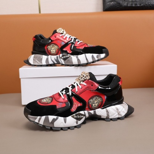 Versace Casual Shoes For Men #850773