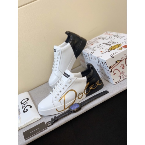 Dolce & Gabbana D&G Casual Shoes For Men #850989