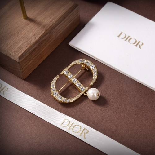 Christian Dior Brooches #851223