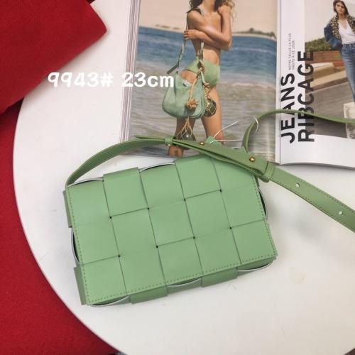 Bottega Veneta BV AAA Quality Messenger Bags For Women #851293