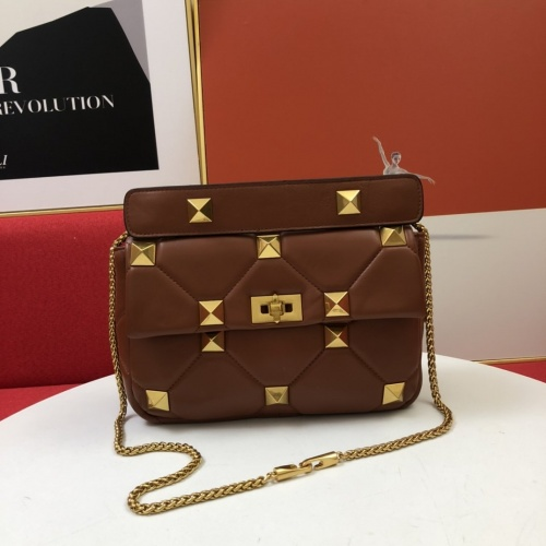 Valentino AAA Quality Messenger Bags For Women #851460