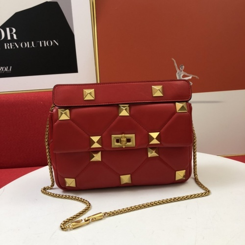 Valentino AAA Quality Messenger Bags For Women #851461
