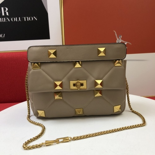 Valentino AAA Quality Messenger Bags For Women #851463