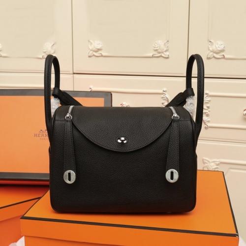 Hermes AAA Quality Handbags For Women #851486