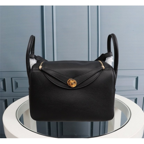 Hermes AAA Quality Handbags For Women #851487