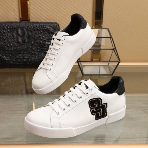 Dolce & Gabbana D&G Casual Shoes For Men #851818