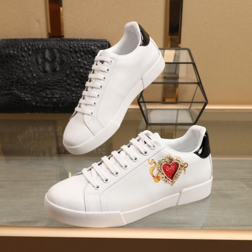 Dolce & Gabbana D&G Casual Shoes For Men #851820