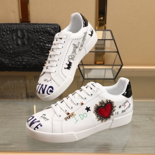 Dolce & Gabbana D&G Casual Shoes For Men #851823
