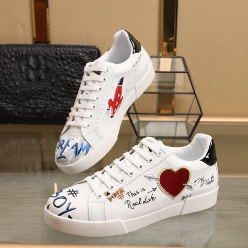 Dolce & Gabbana D&G Casual Shoes For Men #851825