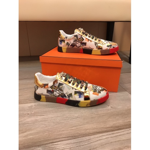 Versace Casual Shoes For Men #851870