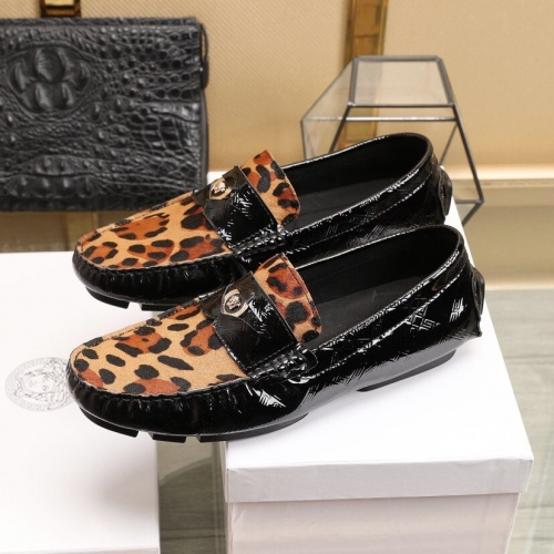 Replica Versace Leather Shoes For Men #851898 $85.00 USD for Wholesale