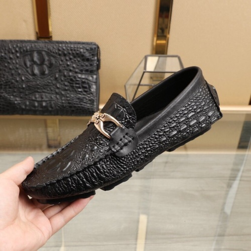 Replica Versace Leather Shoes For Men #851899 $85.00 USD for Wholesale