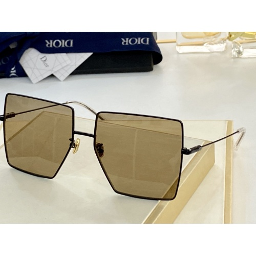 Christian Dior AAA Quality Sunglasses #852147