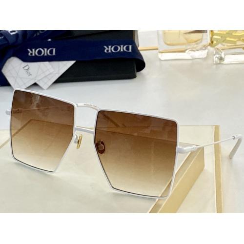 Christian Dior AAA Quality Sunglasses #852149
