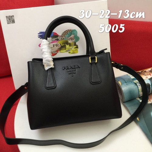 Prada AAA Quality Handbags For Women #852154
