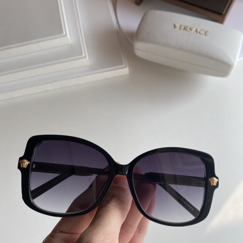 Versace AAA Quality Sunglasses #852164