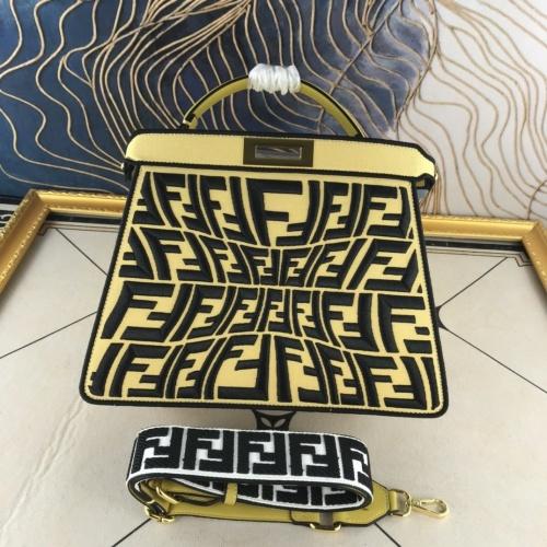 Fendi AAA Quality Handbags For Women #852252