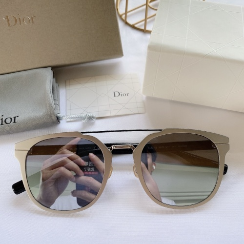Christian Dior AAA Quality Sunglasses #852298