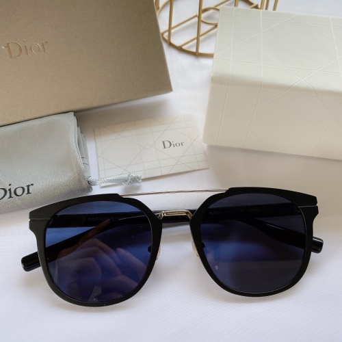 Christian Dior AAA Quality Sunglasses #852302