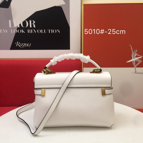 Replica Yves Saint Laurent YSL AAA Messenger Bags For Women #852359 $105.00 USD for Wholesale