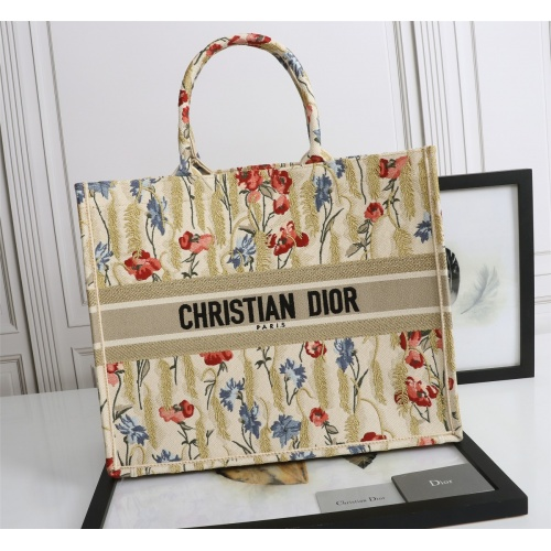 Christian Dior AAA Quality Tote-Handbags For Women #852585