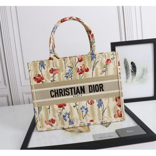 Christian Dior AAA Quality Tote-Handbags For Women #852586