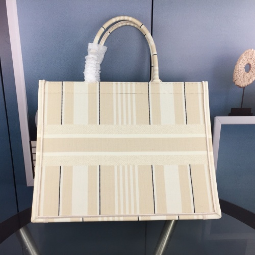 Replica Christian Dior AAA Quality Tote-Handbags For Women #852590 $64.00 USD for Wholesale