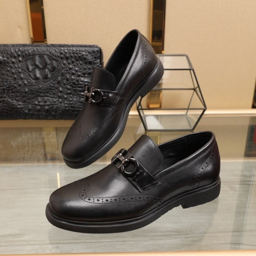 Ferragamo Leather Shoes For Men #852618