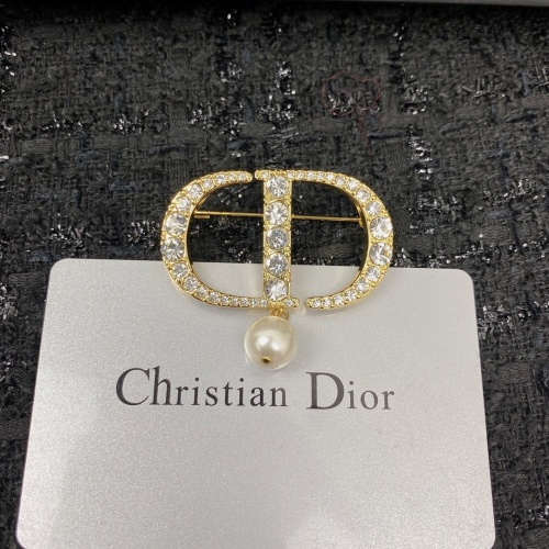Christian Dior Brooches #853164