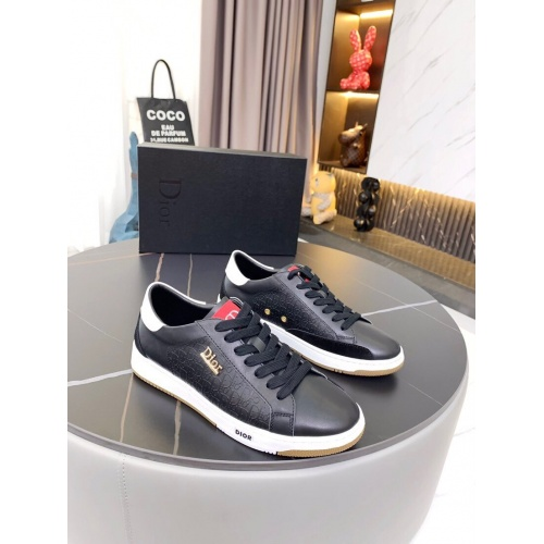 Christian Dior Casual Shoes For Men #853379