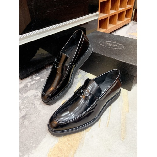 Prada Leather Shoes For Men #853588