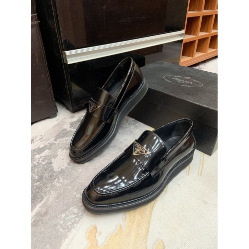 Prada Leather Shoes For Men #853589