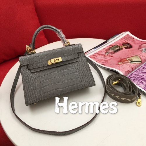 Hermes AAA Quality Messenger Bags For Women #854307