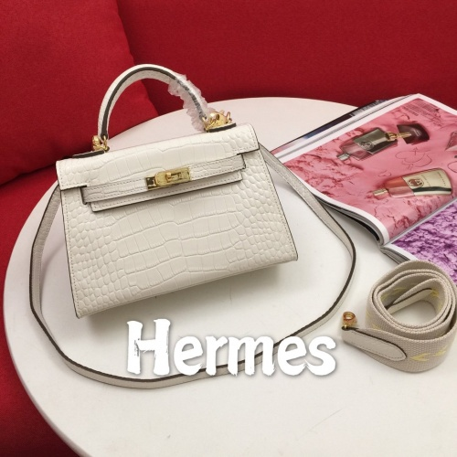 Hermes AAA Quality Messenger Bags For Women #854313
