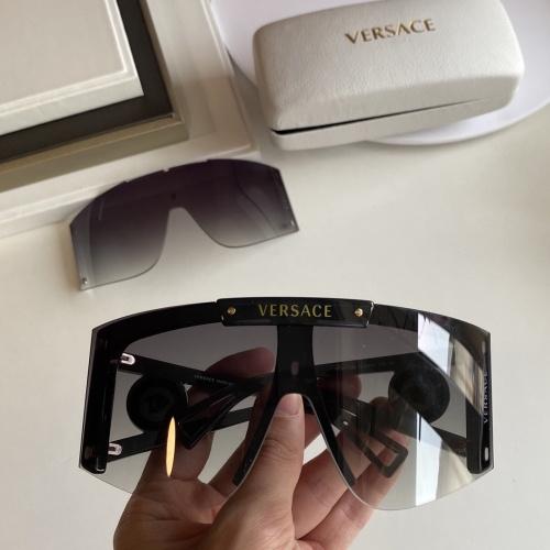 Versace AAA Quality Sunglasses #854352