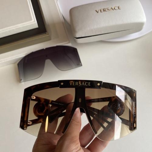 Versace AAA Quality Sunglasses #854355