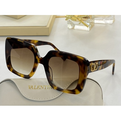 Valentino AAA Quality Sunglasses #854463