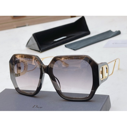 Christian Dior AAA Quality Sunglasses #854469