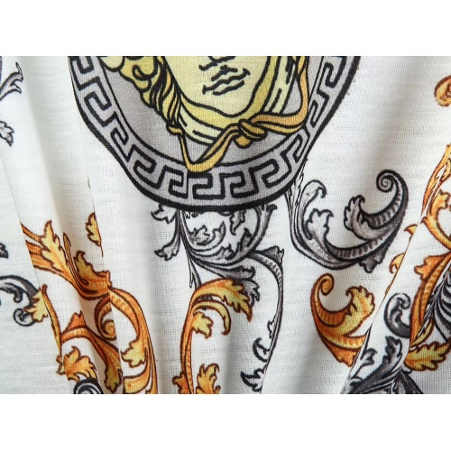 Replica Versace T-Shirts Short Sleeved For Men #854862 $25.00 USD for Wholesale