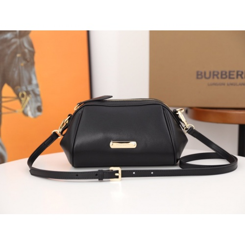 Burberry AAA Messenger Bags For Women #854944