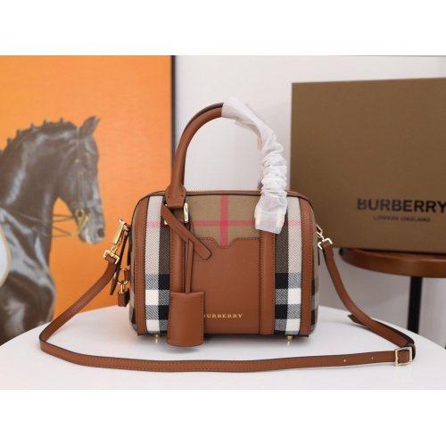 Burberry AAA Messenger Bags For Women #854960
