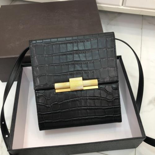 Bottega Veneta BV AAA Quality Messenger Bags For Women #854963