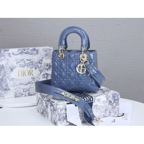 Christian Dior AAA Quality Messenger Bags For Women #855000