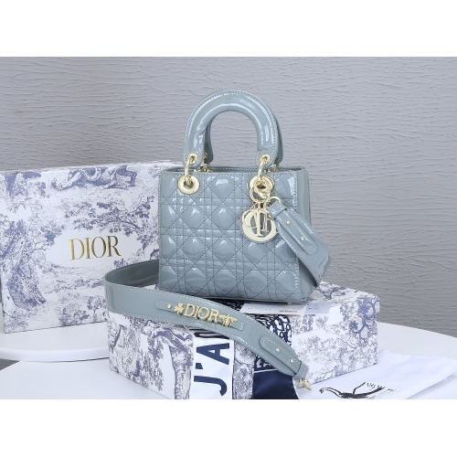 Christian Dior AAA Quality Messenger Bags For Women #855001