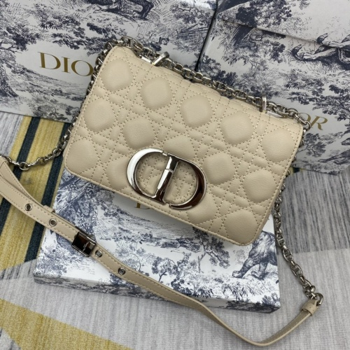 Christian Dior AAA Quality Messenger Bags For Women #855046