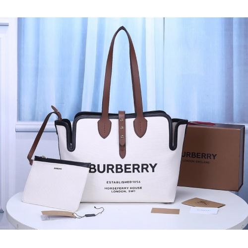 Burberry AAA Handbags For Women #855081