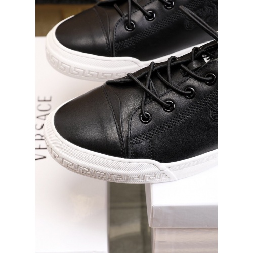 Replica Versace Casual Shoes For Men #855098 $88.00 USD for Wholesale