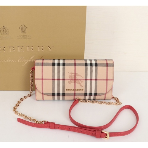 Burberry AAA Messenger Bags For Women #855550